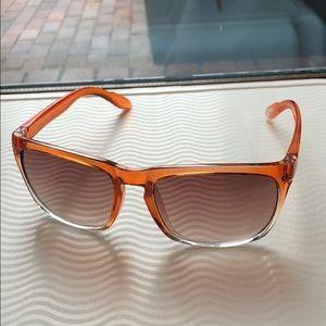 🍭*6/$30* Gap surf wayfarer sunglasses